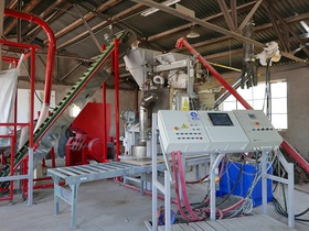 TECHNOLOGY SOLUTIONS FOR WASTE MATERIAL RECOVERY